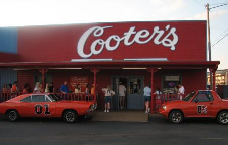 Cooter's Garage Image