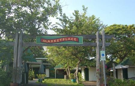 Ali'i Gardens Marketplace Image