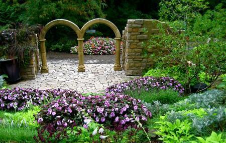 Cleveland Botanical Garden Image
