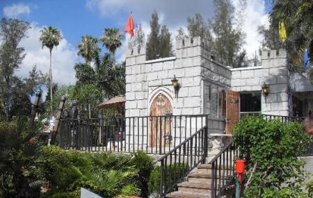 Castle Golf Image