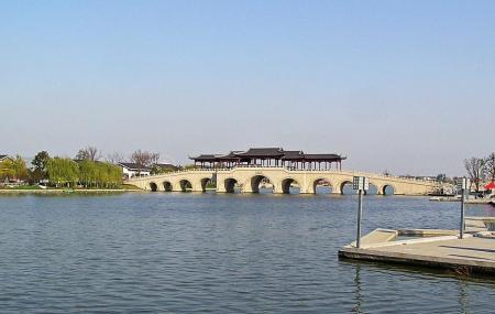 Jinji Lake Image