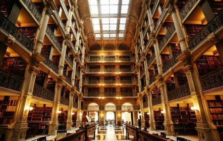Peabody Library Image