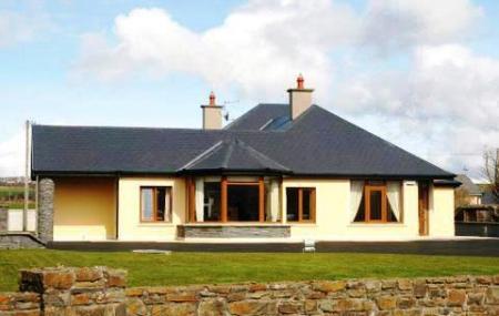 Killarney House Image