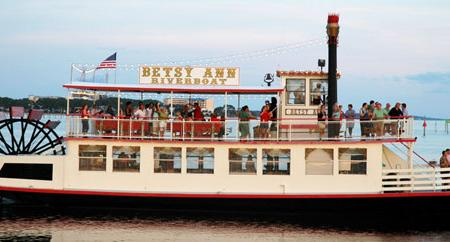 Betsy Ann River Boat Image