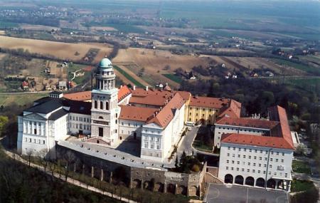 Pannonhalma Abbey Image