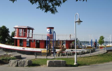 Pier 4 Park Image