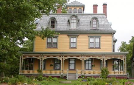 Beaconsfield Historic House Image