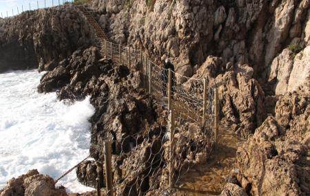 Le Sentier Du Littoral, Cap D'antibes Image