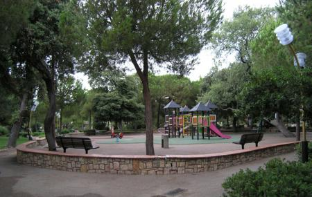 Parc De La Pinede Image