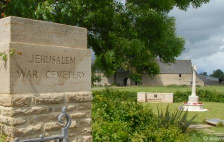 Jerusalem War Cemetery Image