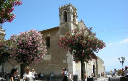 Piazza I X Aprile, Taormina