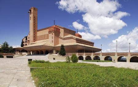 Sanctuario De Torreciudad Image