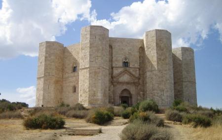 Castel Del Monte Image