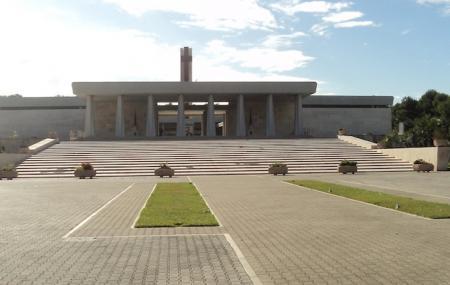 Military Memorial Of The 'fallen Overseas' Bari Image