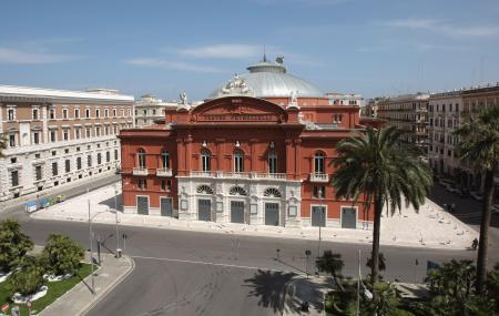 Petruzzelli Theatre Image