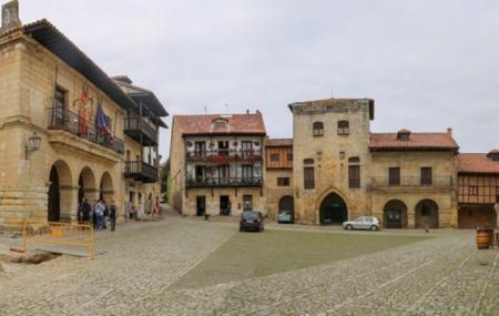 Calle De Juan Infante Image