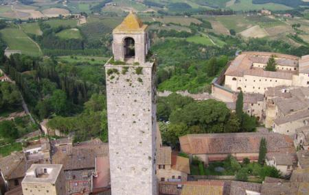 San Gimignano Bell Tower Image
