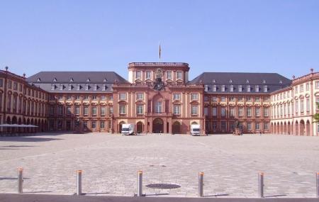 Mannheim Palace Image