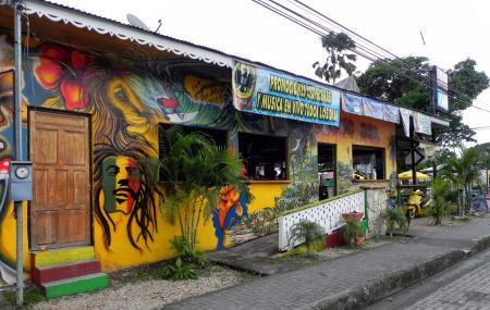 Coco's Bar Image