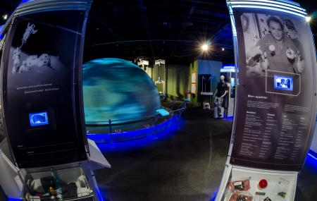 Manitoba Planetarium And Science Gallery Image