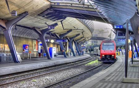 Central Railroad Station Image