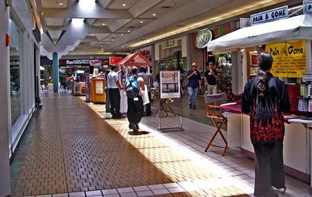 Keauhou Shopping Centre Image