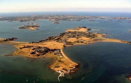 Arz Island Image
