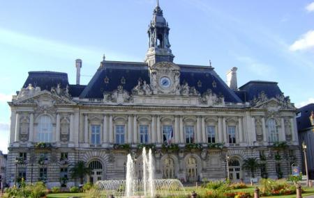 Hotel De Ville De Tours Image