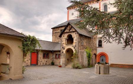 Doppelkirche St. Maria Und St. Clemens Image