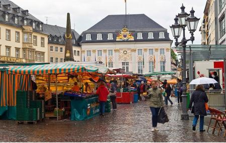 Markt And Old Town Hall Image