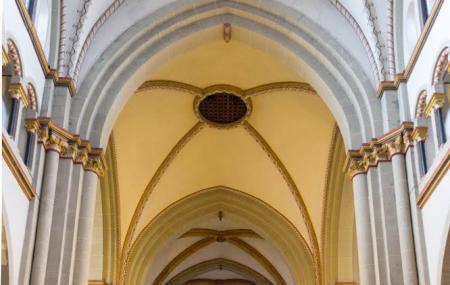 Munsterbasilika St. Martin Image