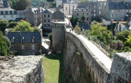 Les Remparts De Dinan Image