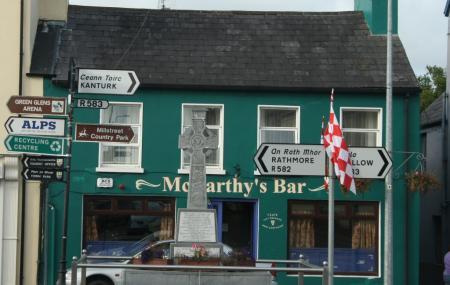 Le Mccarthy Pub Image