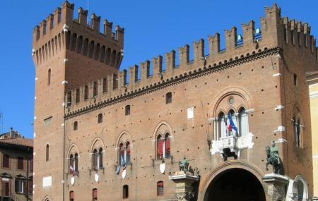 Il Palazzo Ducale Estense Image