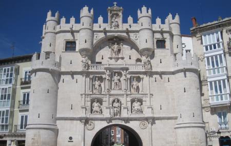 Arcos De Santa Maria Image