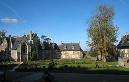 Chateau Du Plessis-mace Image