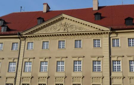 Haidplatz Square Image