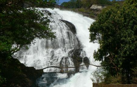 Kune Waterfalls Image