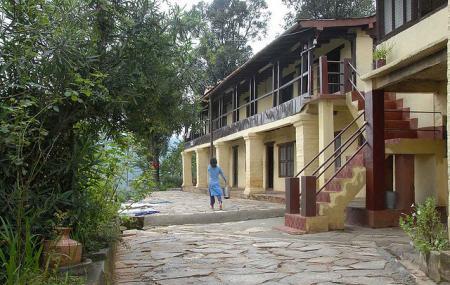 Lakshmi Ashram Image