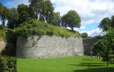 Citadelle De Doullens Image