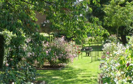 Jardin Floral Du Chateau De Digeon Image