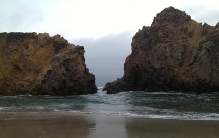 Pfeiffer Beach Day Use Area Image
