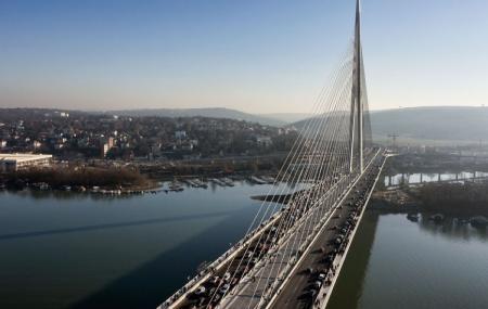 Most Na Adi Bridge Image