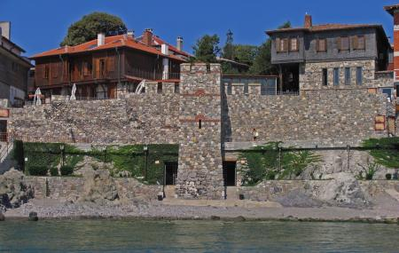 Southern Fortress Wall And Tower Museum Image
