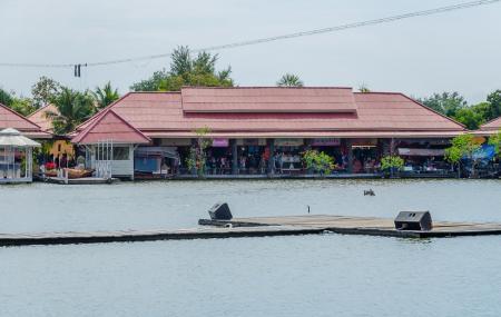 Sam Pan Nam Floating Market Image