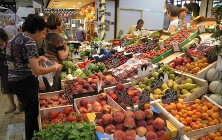 Narbonne Market Image