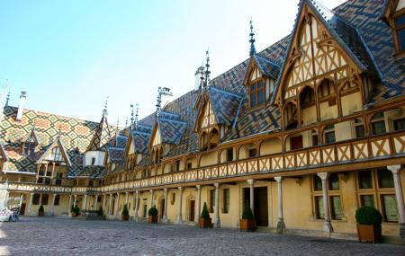 Musee De L'hotel Dieu Image
