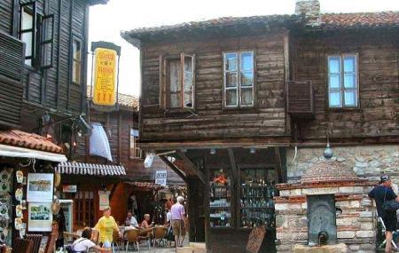Original Bulgarian Wine Shop Image