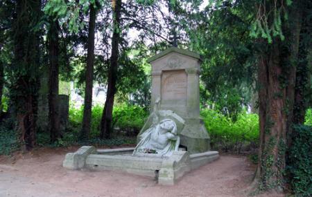Cimetiere Paysager De La Madeleine Image