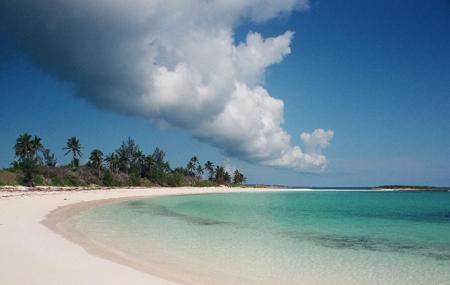 Twin Cove Beach Image
